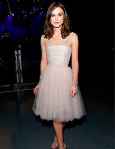keira-recycles-her-wedding-dress_GB
